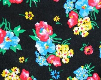 Black Floral Vintage Tee / Slouchy Oversized Floral Shirt / 90s Grunge Floral Tee