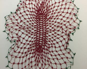Beautiful piece of vintage tatting