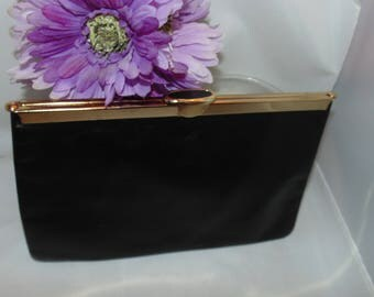 Vintage 1960's Etra Black snap Clutch Purse Hand Bag Genuine leather Opens to Diamond Shape