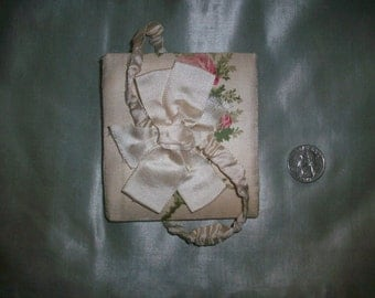 antique silk needle case 1800s sewing tool