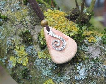 Juniper Wood Spiral Pendant with Mala Beads, Nature Eco Friendly Wooden Necklace, Woodland Boho Hippie Pendant Amulet, Unisex Wood Pendant
