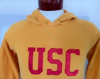Go USC Trojans vintage 90s University of Southern California yellow gold terry fleece graphic hoodie sweatshirt crimson applique logo medium