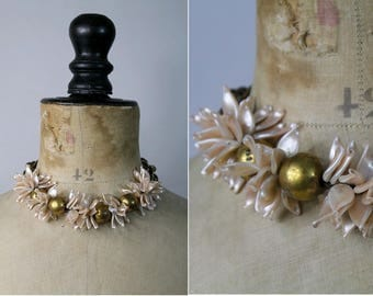 1960 choker Necklace copper and dust pink petals