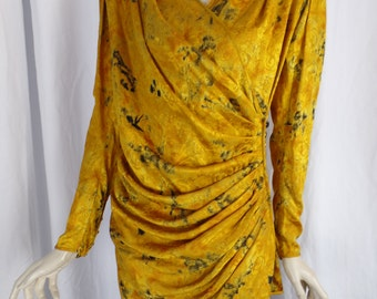 70s EMANUEL UNGARO Parallele Paris chrome yellow jacquard silk blouse/wrap with side button/Dynasty style shoulders: US size 8