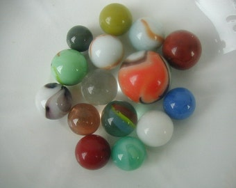 Vintage Marbles, Collectible Marbles, Instant Collection of 15 Marbles, Mid-Century Marbles, Children's Toy