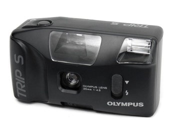 Olympus Trip S Vintage 1990s Compact 35mm Point & Shoot Retro Film Camera