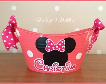 Minnie or Mickey Mouse - 11 Colors - Disney Handy 12 inch Oval Tub - Easter Bucket - Personalized