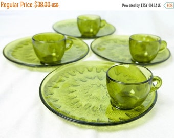 Black Friday SALE... Vintage Indian Glass Sunburst snack set...Olive snack set...green plates or trays and cups...NIB...in original box.