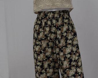Art Deco Floral Light Trousers