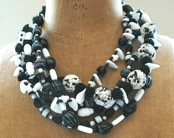"""Vintage Bead Necklace - """"Black and White Beauty"""""""