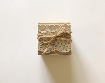 25 Wedding favor box - lace favor box - rustic wedding - bridal shower favor box - lace fabric