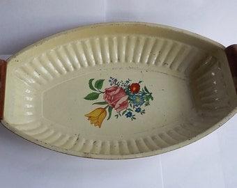 Vintage French Decorative Enamelware Serving Dish    (BX  04)