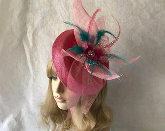 Raspberry light pink sinamay flower Saucer Disc Tilted Satellite Fascinator hat with feathers, wedding hat, Kentucky Derby headpiece, church