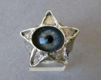 Pentacle Ring, Blue Glass eye, Mint condition, Marked Sterling, size 10 (American)All Seeing Eye or Evil Eye Ring, Psychic Eye. Artisan Made