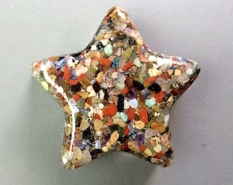 Orgonite Star With Mixed Gemstones, Lavender Amethyst, Copper, Brass, Aluminum. Very large Star Weighs about 1 pound 6.8 ounces or 650 grams