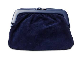 vintage ITALIAN 60s/70s navy blue suede leather bakelite plastic clasp clutch bag
