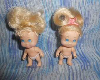 """Two 1990 Tyco Quints Blonde 2.5"""" Baby Dolls Quintuplets #1 and #3"""