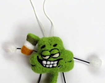 Woolnutz - Crazy nutzy needle felt characters - Lucky Irish Shamrock
