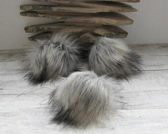 Vegan Silver Fox Faux Fur Pom Poms  Hat, Pompoms Faux Detachable Bright Handmade  in Poland