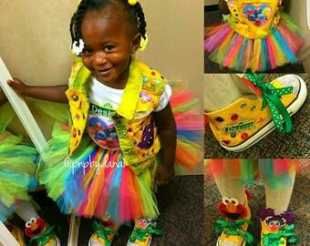 Sesame Street, Sesame Street birthday, 1st birthday, Elmo, Elmo birthday, Elmo birthday outfit, Elmo shoes, Sesame Street shoes, Birthday