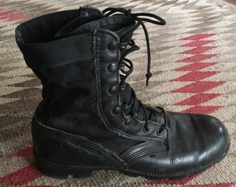 Mens Leather and Canvas Jungle Combat  Boots Size 9R