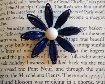 Vintage Blue & White Flower Brooch