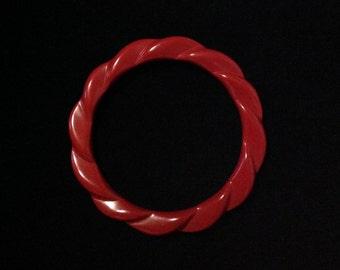 Lucite bangle bracelet cherry lipstick red Bakelite era rockabilly mid century costume jewelry fashion accessory
