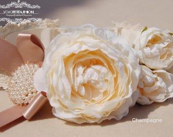 Champagne flowers wedding dog collar,gloden brown bow Dog collar. Flower collar, dog wedding collar,dog collar.Birthday gift for dog