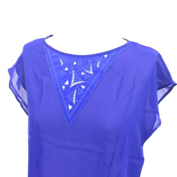 Electric blue vintage blouse sheer crepe polyester tee shirt lacy V embroidered bold 1980s UK 10 12 slinky tee see through