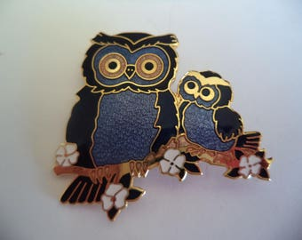 Fabulous Vintage Signed Fish and Crown Cloisonne Blue/Goldtone Mother and Baby Owl Brooch/Pin