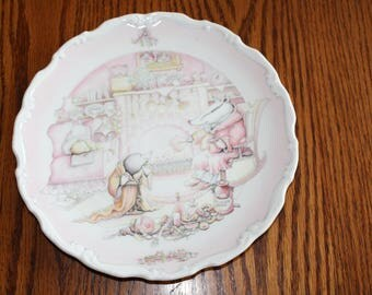 """Royal Doulton Bone China Plate """" Wind in the Willows"""" Badger's House Made In England 1984"""