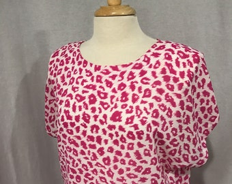 Vintage 1980s Andrea Gayle Hot Pink and White Cheetah Print Summer Secretary Short Sleeve Dress Size 12
