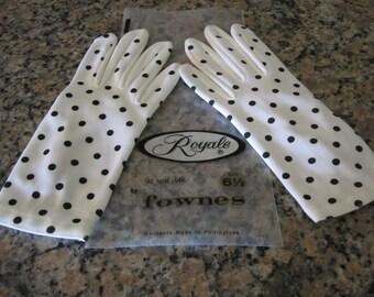 WHITE Gloves with BLACK POLKADOTS
