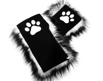 Fuzzy Paw Print Hand Warmers