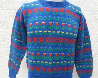 Blue jumper floral sweater gift for her birthday present 1980s wool top clothing vintage sweater jumper womens fashion winter England green.