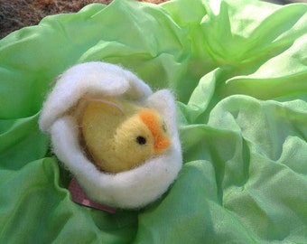 Needle felted  baby chick in egg,felted farm animal