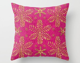 Pink throw pillow with gold snowflakes, Pillow case, Accent Pillow, Indoor modern decorative pillow cover, Home decor Holiday gift, PDP044-1