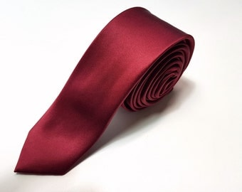 SKINNY Silk Tie in Dark Red