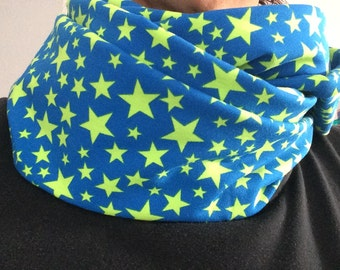 Loop scarf blue with neon green asterisk