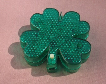 Green Four Leaf Clover  Light Up Flashing  Shamrock St Patrick's Day Pendant