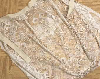 Women's Plus Size Vintage Lace Apron 3X