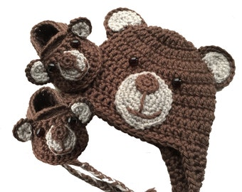 Newborn Crochet Bear hat and shoes set
