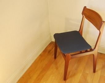 Danish Modern 50's Teak Sidechair