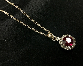 Necklace red cabochon pendant