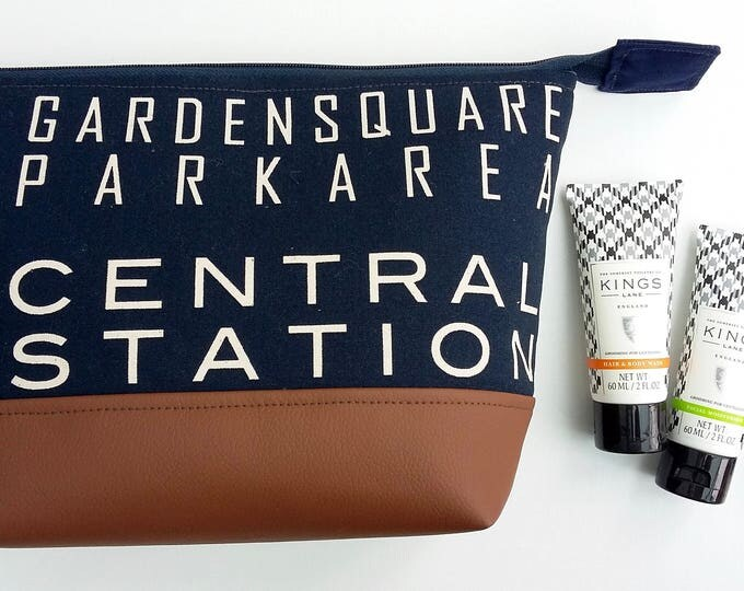 Featured listing image: New Yorker Man's Toiletry Bag