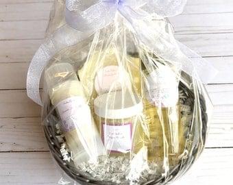 Women's gift basket- Christmas gift basket, Spa Gift set, spa gift basket, lavender gift basket, vegan gift basket, Mother's Day
