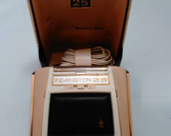 Vintage Electric Shaver Remington 25 Made in USA