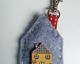 key holder, bag hanger by wool felt