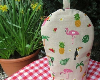 A coffee cosy, size small.  To fit a two cup cafetiere.  Cafetiere cover.