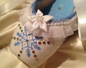 Snow (Ice Blue)....Decorated Pointe Shoe